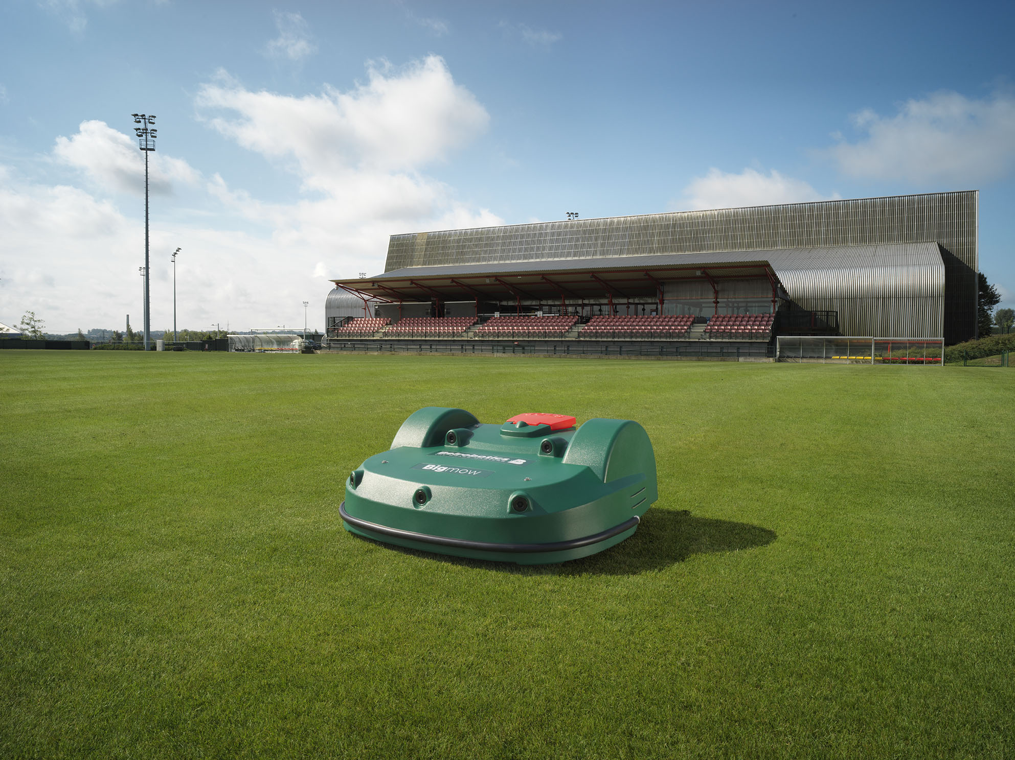 advantages of clubs / facilities, Advantages of Clubs / Facilities